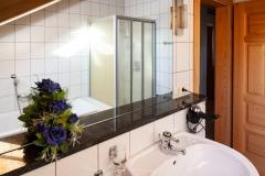 """HAUSER HOF - Appartement """"Anderl"""", Waschbereich"""